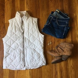 Francesca's Off White Puffer Vest